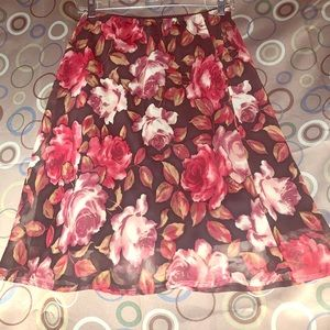 Connected Size Medium Floral Print Skirt